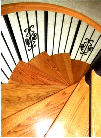 118 Spiral Staircase Deluxe Scrolls