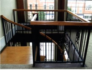 303 Large Body Continuous Wood Handrail