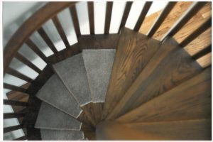 403 Wood Spiral Stairs Square Balusters Carpeted Treads