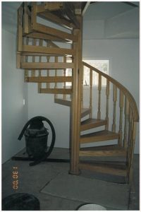 406 Interior Wood Staircase Colonial Square Top Balusters