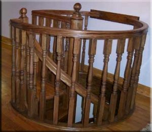 414 Wood Opening Rail Colonial Baluster