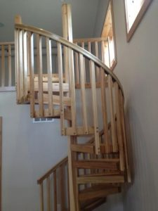 415 Hickory Spiral Staircase Square Baluster