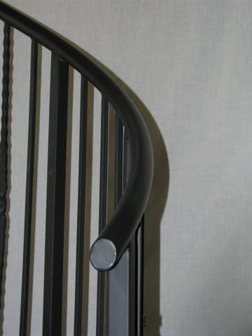 513 1.5 Diameter Steel Pipe Handrail