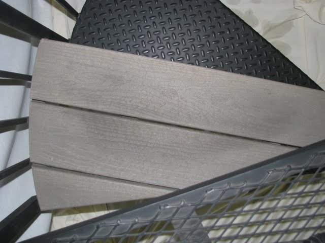 516 Trex Tread Exterior Deck Stairs