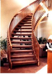 606 Circular Staircase