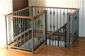302 Small Body Continuous Wood Top Railing